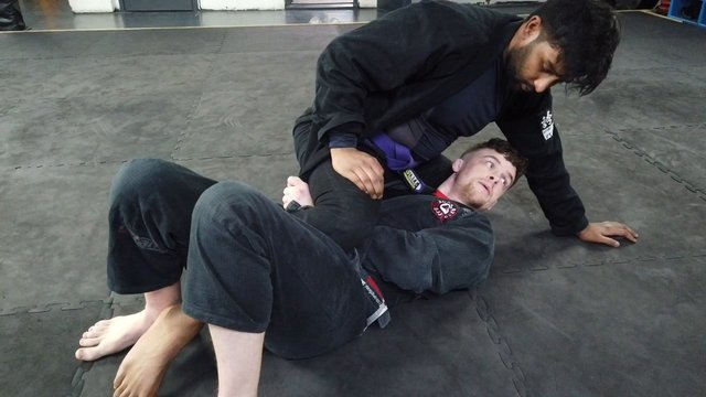 Mount Escape > Deep Half Guard Lapel Sweep > Double Unders Stack Pass