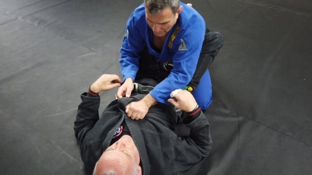 Breaking Open Closed Guard > Under/Over Pass Variations > Double Unders Lapel Pass [Gi]
