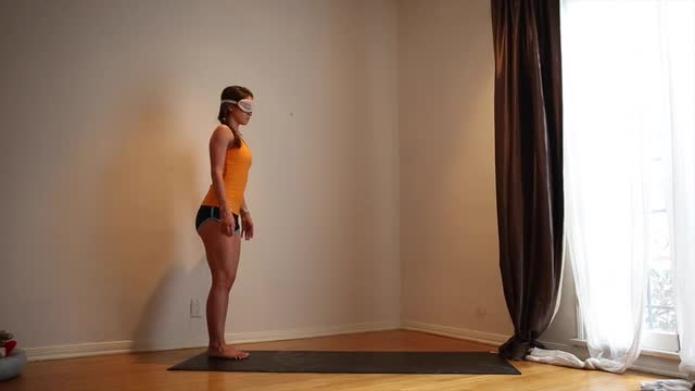 20min Blind Folded Yoga Practice