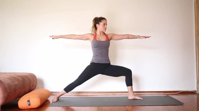 45 Minute Strength Building Yoga Video