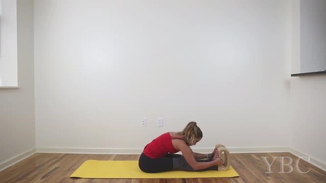 15 Minute Basic Yoga Practice with Blocks