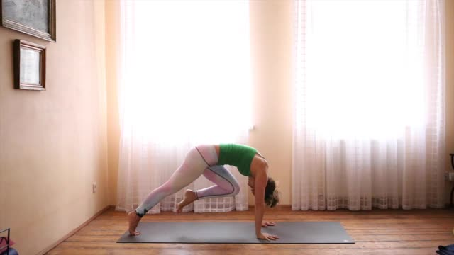 30min Power Yoga for  Core