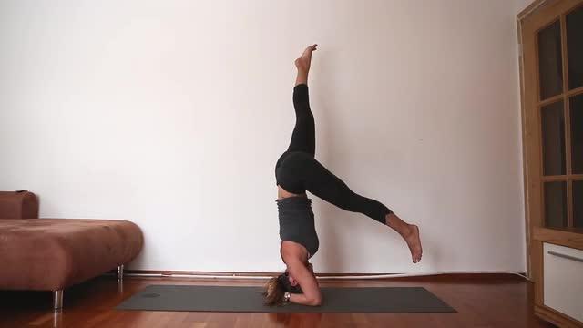 30 Min Heart Opening Power Yoga
