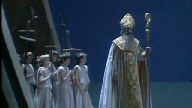 Attila - Verdi '' Parla imponi -Vieni le menti visita '' Most Popular Finale by soprano xxAtlantianKnightxx