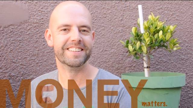 Money matters - CAPE TOWN by Richard from UK.