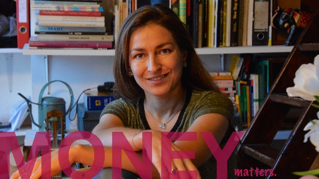 Money matters - PARIS by Ariane from Germany.