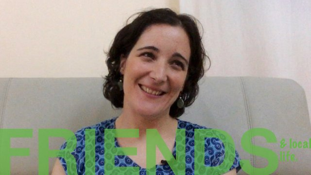 Friends & local life - NOUAKCHOTT by Raquel from Spain [Spanish with English subtitles].