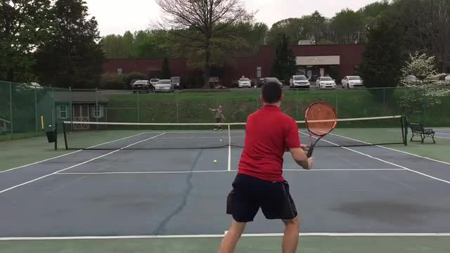 A Quick Tip To Help React Faster On Your Groundstrokes