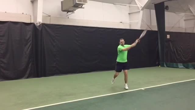 How, And When, To Use A Closed Stance On Your Forehand Groundstroke