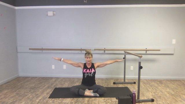 Barre   Yoga Combo w/ Coach Nikki | 60 mim