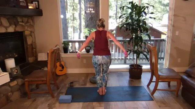 Barre   Yoga Combo w/ Coach Nikki   60 min