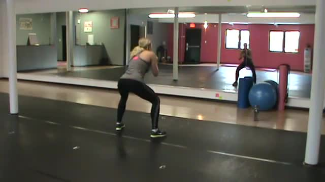 Cardio Kickboxing (Workout 2)