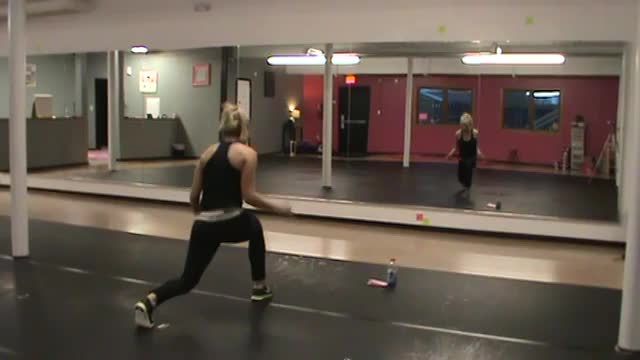 Cardio Kickboxing (Workout 1)