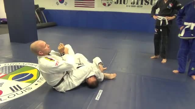 Arm bar and choke from mount