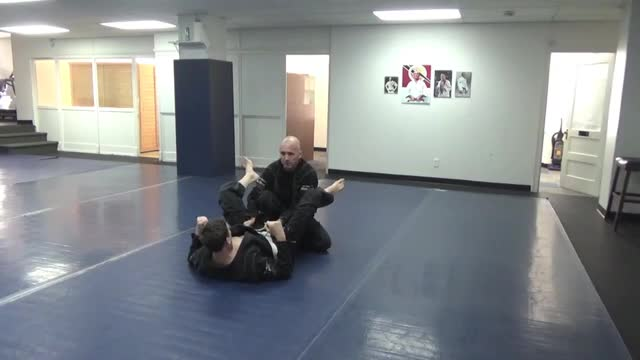 Guard break on the ground - Level 4