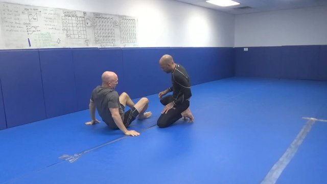Blue belt Butterfly sweep to triangle