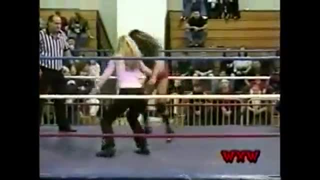 WXW's Elite 8 2002 Women's Tournament- Gail Kim (La Felina) -vs- Nikki Roxx