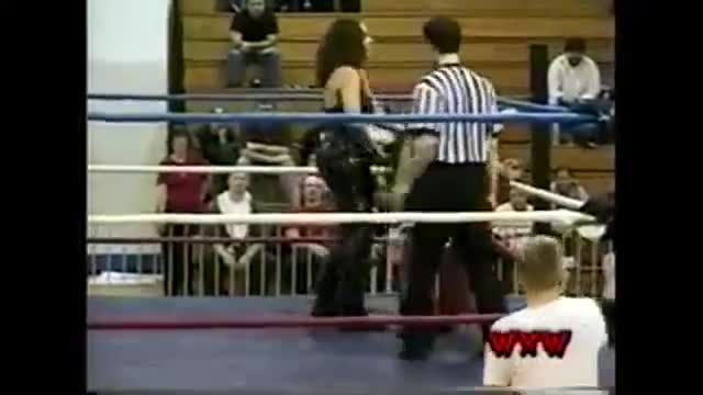 WXW's Elite 8 2002 Women's Tournament- Griffin -vs- Mercedes Martinez