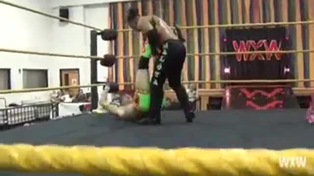 Wild Samoan Tag Team Tournament 2014: Mikey Valentino & Cinema Stevie Shields -vs- Lance Anoa'i and Sean Maluta