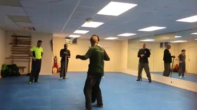 Systema Stick work - using the knees.