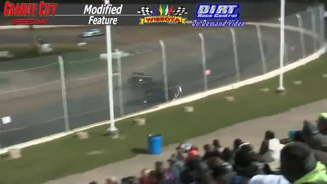Granite City Speedway October 3, 2015 WISSOTA Modified Feature Race