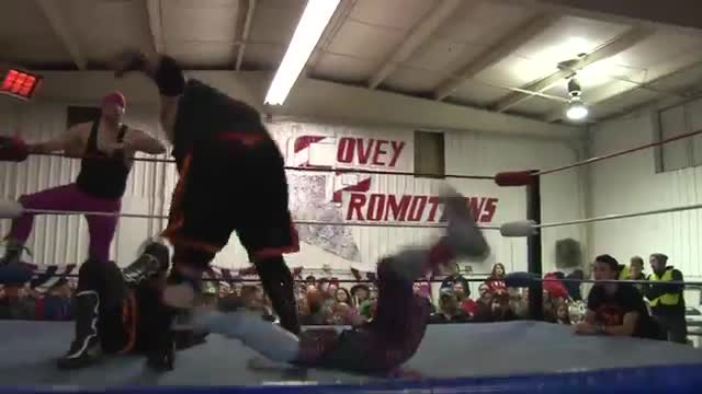 "2015 Unchained"" Double Dragon V. Motley Tue (Tag Team Championship)"