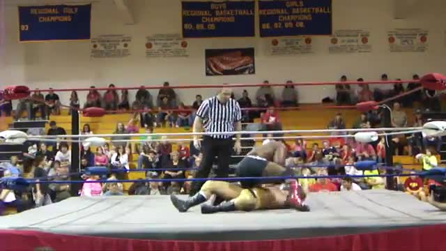 2014 Homecoming: 5 Napalm bomb v. Chris Wylde