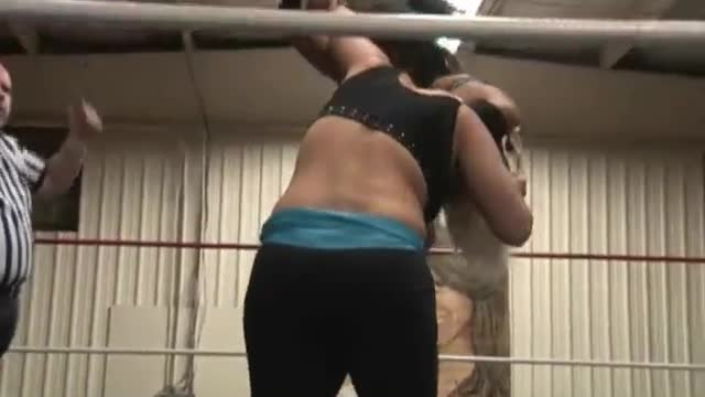 2013 Wrestling for a Cure: 4. Special Women'ss Attraction Match Nyla Rose v. Tori Lynn