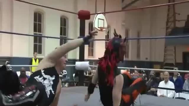 2013 Veterans Day Weekend Wrestling Extravaganza:  1. Triple Threat: Count Lestat v. Skull v. Super Pheonix