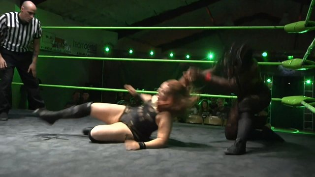 Trish Adora vs Avery Rose