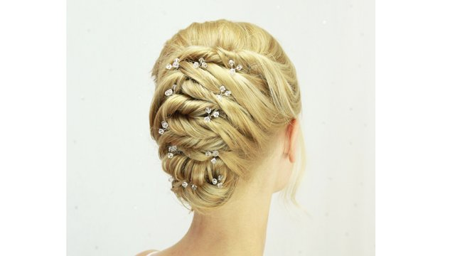 Criss cross updo