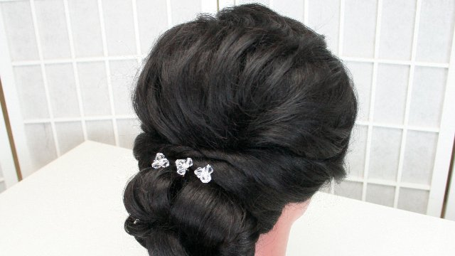 "Bridal hair 101 - Lowdo (1"" curling iron, no teasing)"