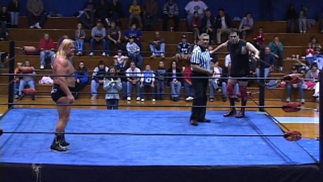 NGW - FLAIR VS. VALENTINE (11-12-04)