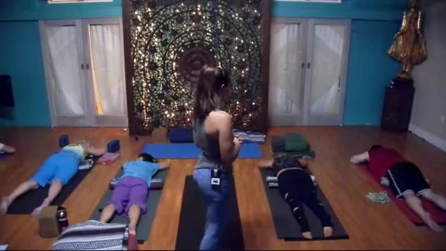 Yin-Yang Yoga with Amanda Webster