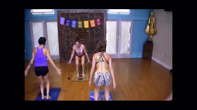 Hot Yoga Fusion: Cardio Hot Buddhi Yoga with Lauren
