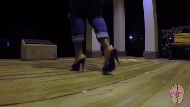 Ajsoles11 Night Time Walking In Heels