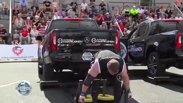 Darin and Pavo deadlift - SCL Finland- WEEK 33