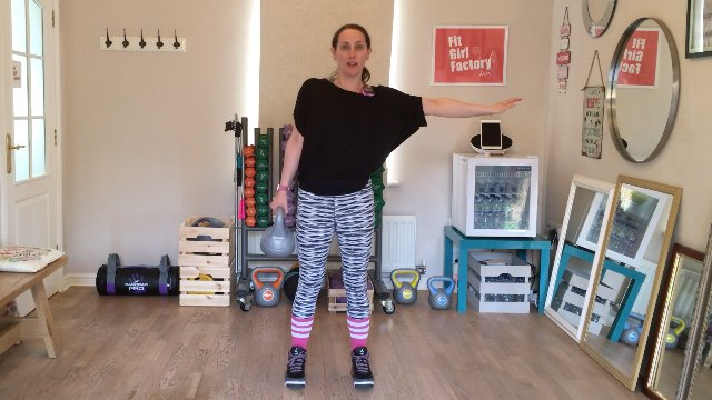 004 - Oblique Crunches and Hi Lo Punch Jumps