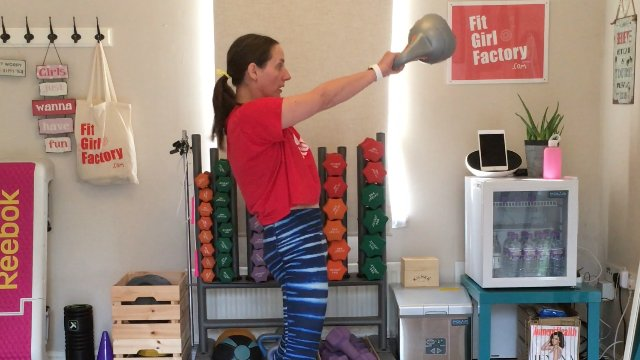 138 - Kettle Swings with a Pause and Lunge Burpee