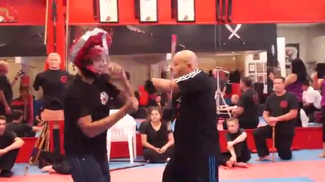 General Knowledge:  Street Survival Move, Twin Dragon Kung Fu Academy, San Carlos, CA, U.S.A.