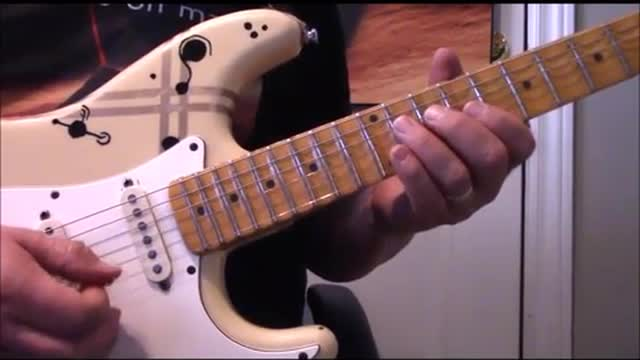 String Skipping Arpeggios using Dominant7th transitions