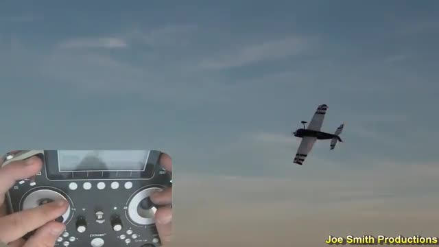 "Joe Smith Flying the 47"" Extra SHP 3D flight, Radio View"