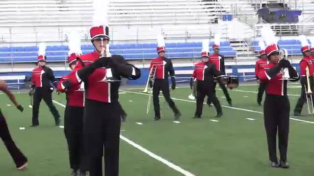 Decatur High Band at 2015 Pride of Dixie MBF in Florence, Alabama