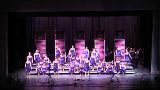 Tallaassee High Choir Divas Performance at 2014 Southern Showcase in Opelika, AL